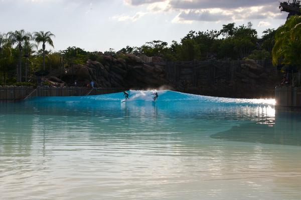 Disney's Typhoon Lagoon Wave Pool Split Peak
